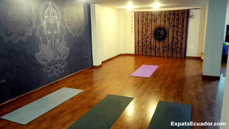 OM Yoga Studio Cuenca (1)
