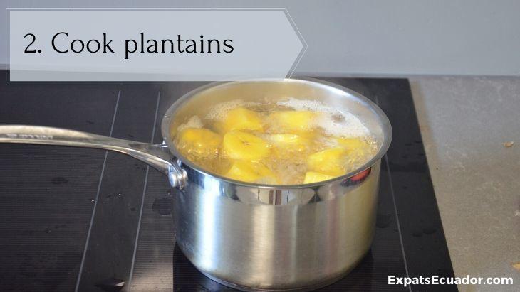 Bolon de verde - Cook plantains