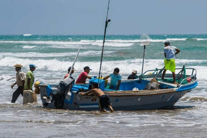 Fishermen from village setting out